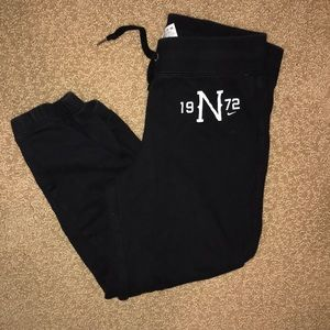 Nike Black Capri Sweatpants - Small